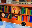 圖書館一點也不遠,圖書館就設在你天天通勤的公車上……