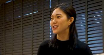 演員、作家鄧九雲