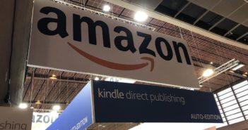 亞馬遜公司是斬殺實體書店的無情惡魔,還是帶動閱讀的推手?